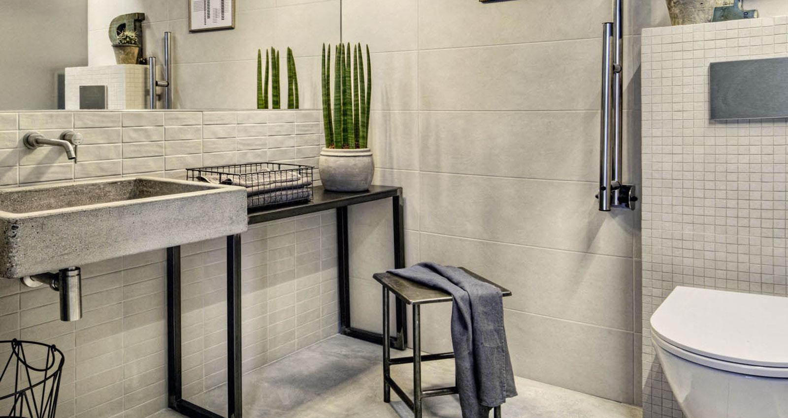 Chalk concrete look wall tiles marazzi chalk concrete effect bathroom dailygadgetfo Image collections