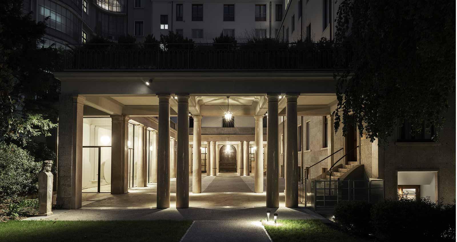 Stone Effect Stoneware For Openspaces Rich In Textured Splendour Marazzi