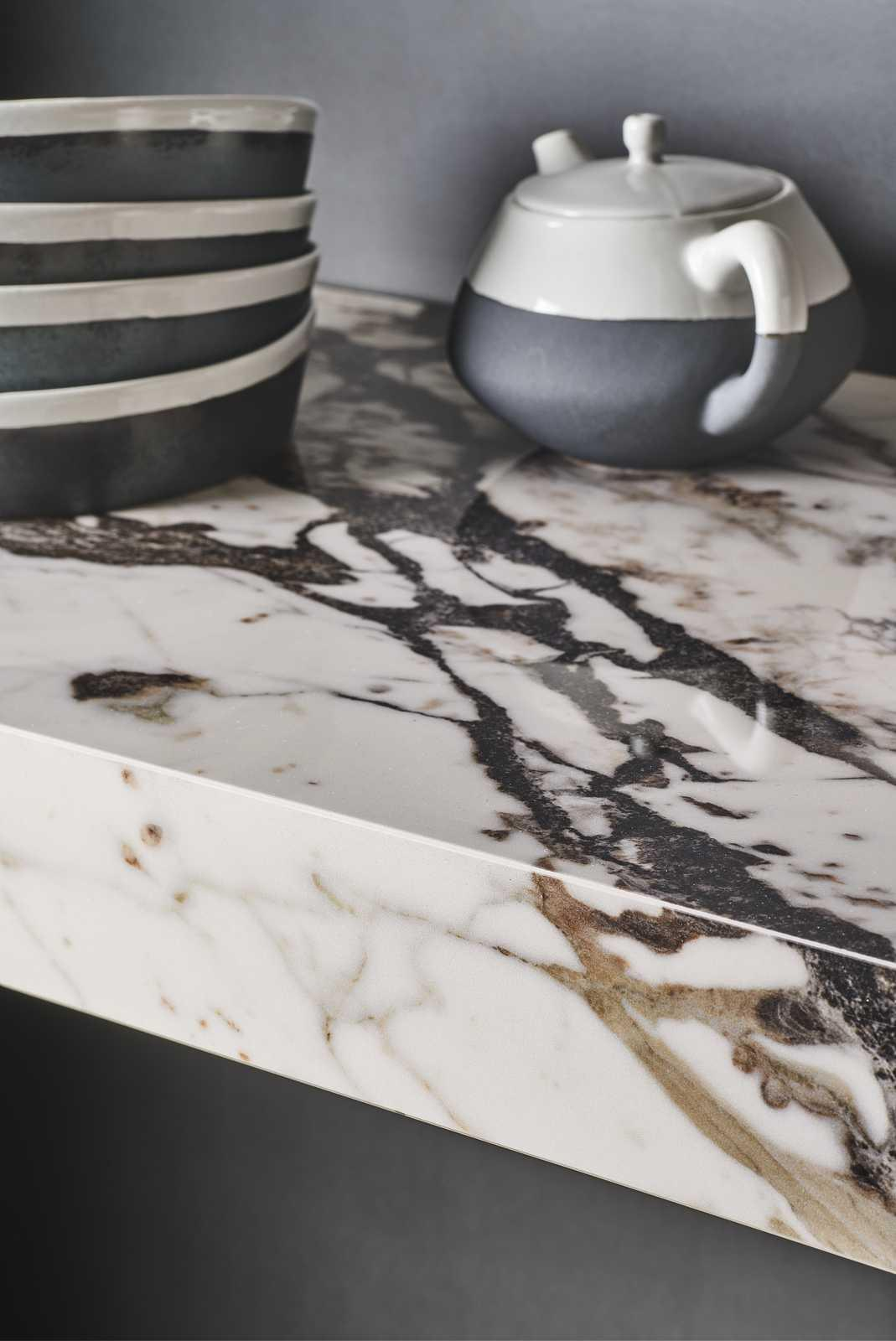 Grande marble look - Marble Effect - Kitchen