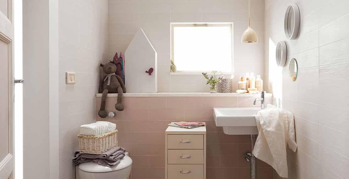 Rivestimenti bagni esempi idea creativa della casa e for 2 bagni piccola casa