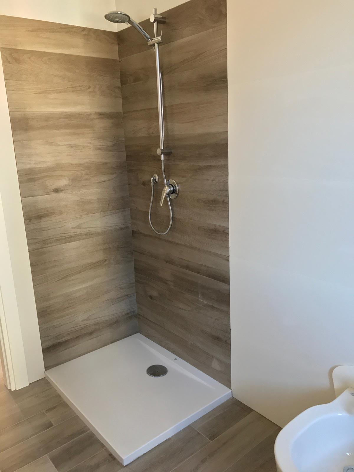 Wood effect 3d white stoneware for bathroom marazzi - Configuratore 3d bagno ...