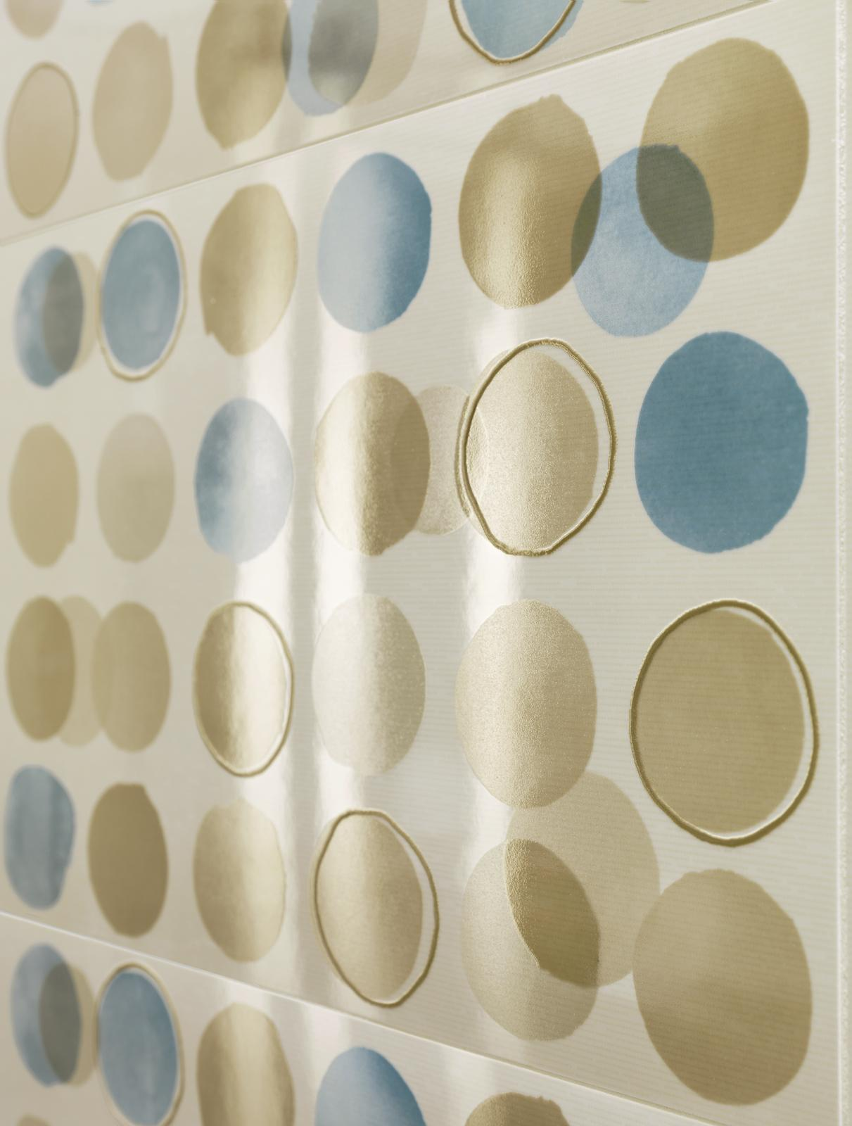 1824 Colorup designs your bathroom with colour
