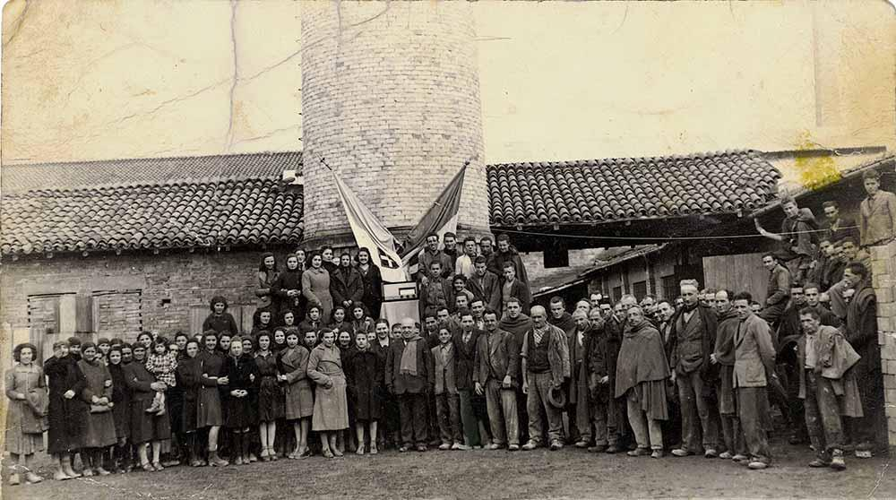 The Marazzi workforce outside the factory, in 1936.