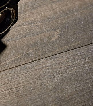 Which Marazzi collections are inspired by wood?
