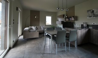 A renovation project in contemporary style with Treverk, Clays and Oficina 7
