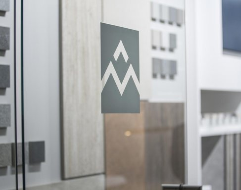 First Warsaw showroom opens