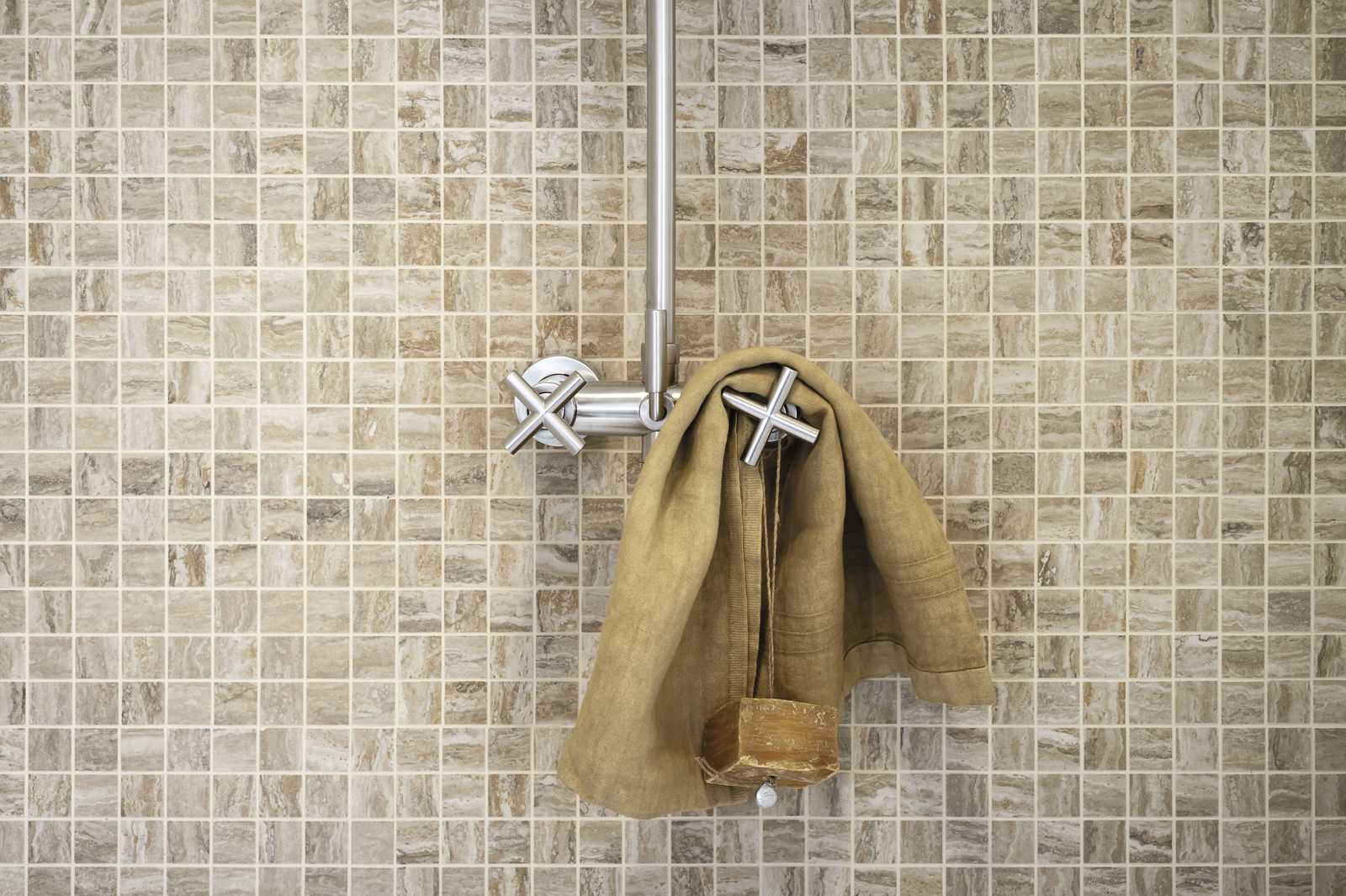 Mosaic tiles take a look at our flooring marazzi marazzi for Location monobrosse carrelage