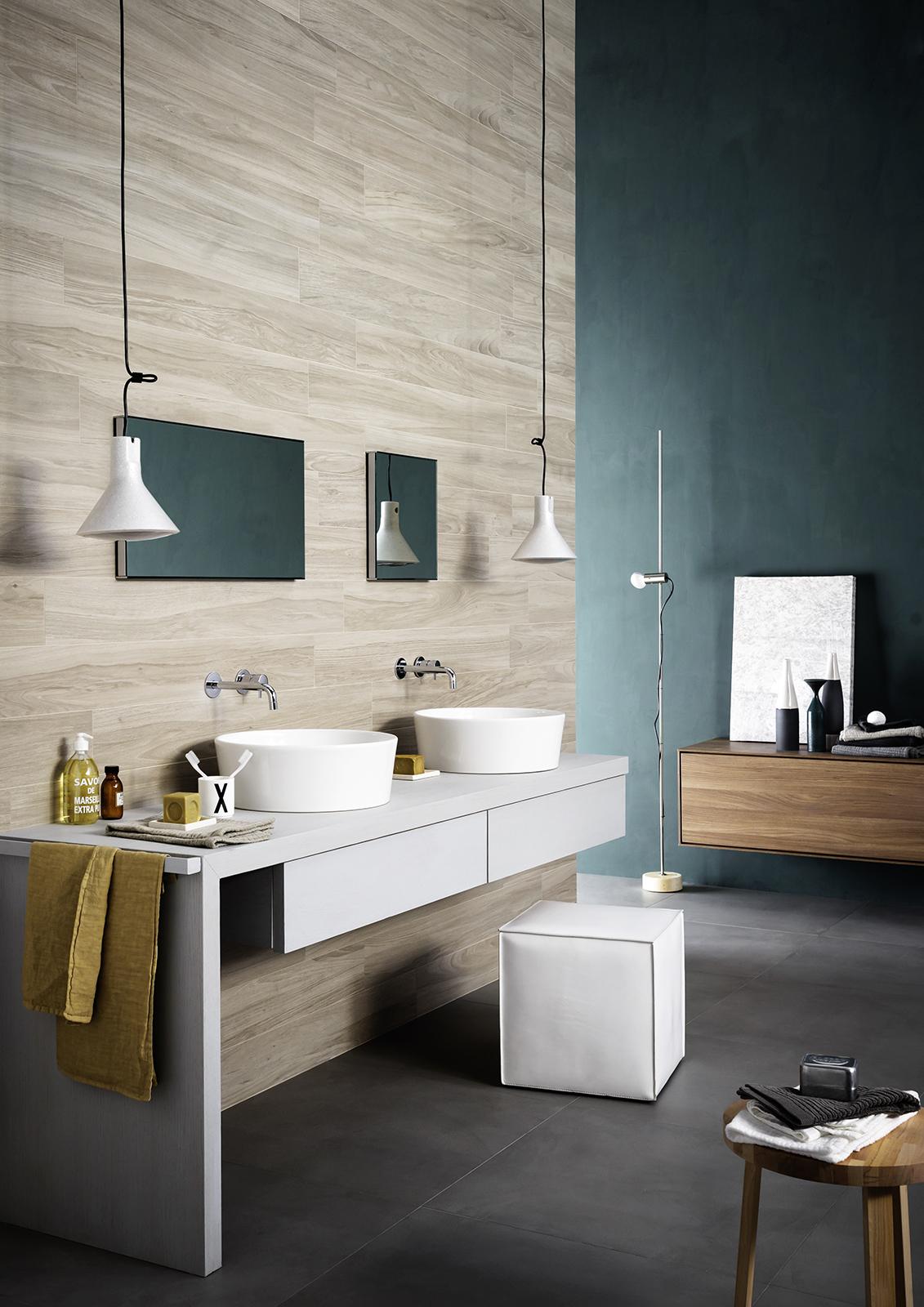 Treverkchic wood effect porcelain stoneware marazzi - Salle de bain parquet bois ...